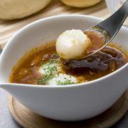 すこし肌寒い日は「ミネストローネ白玉スープ」をランチのお供に